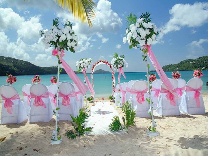 beach-wedding-decorations-1-1