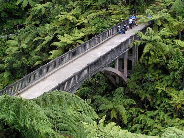Bridge_To_Nowhere01