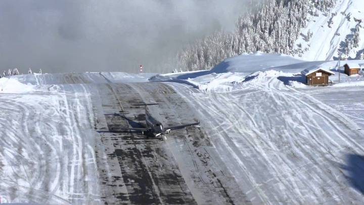 Courchevel_aeroport france