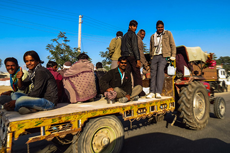 Jodhpur-to-Jaisalmer-on-TruckTractor-trip