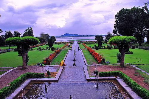 mughal-garden2