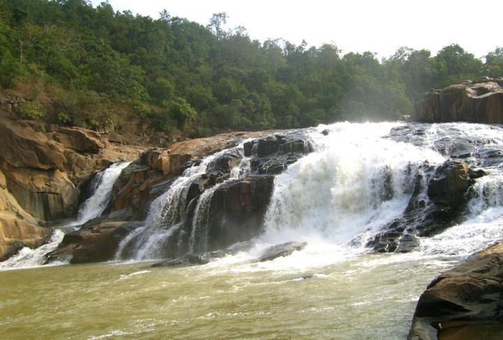 Putudi-Waterfall1