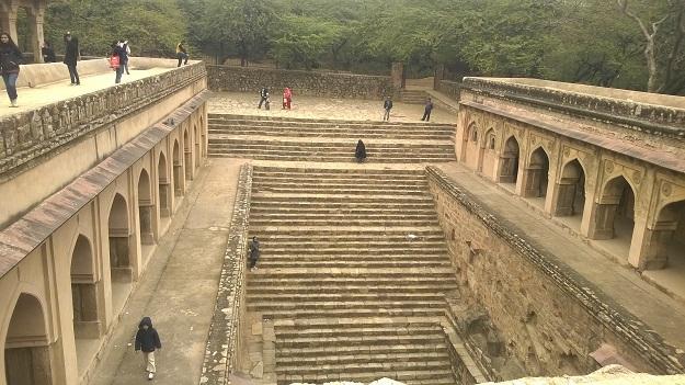 rajon-ki-baoli-mehrauli-archeological-complex