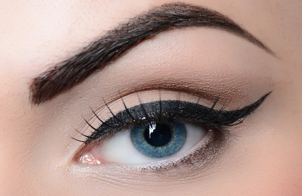 Tips-to-Get-Perfect-Eyebrows-For-Eye-Makeup