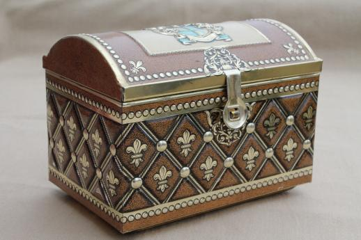 vintage-German-tin-box-treasure-chest-candy-container-marked-Western-Germany-Laurel-Leaf-Farm-item-no-s41416-1
