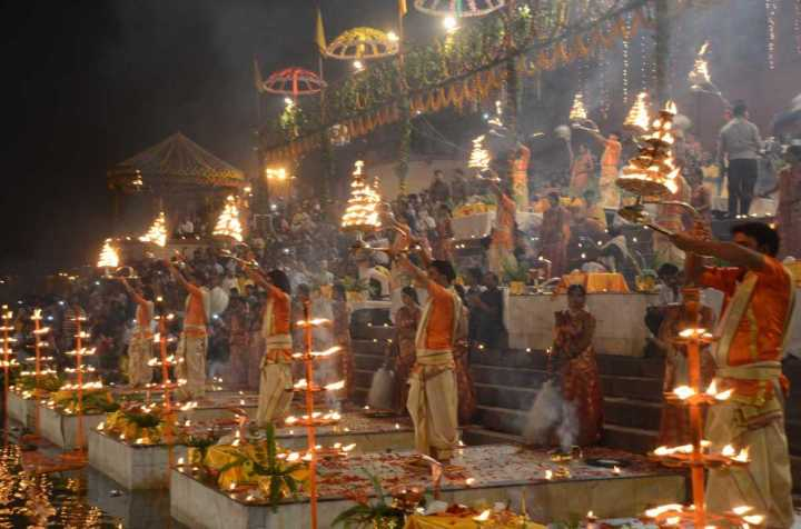 18_Ganga-arti-varanasi