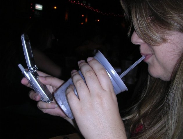how to text a girl after a drunken hookup Said comment said that guys that attempt to hookup with drunk girls are committing a form of rape and should be punished for example, you are at a party and see a girl you like, you sit next to her and start drinking, being touchy flirtatious and talking to her.